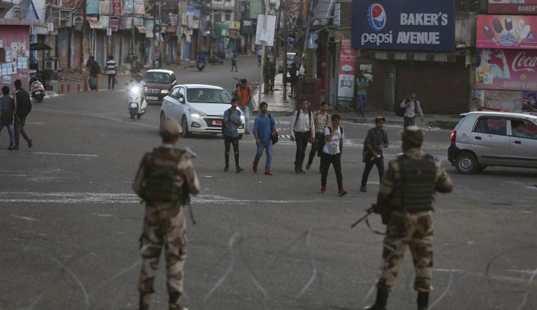 خطوة مفاجئة ..الهند تلغي الحكم الذاتي لكشمير