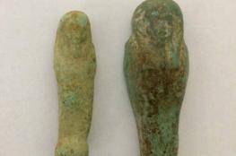 """ضبط قطع أثرية بحوزة تاجر عمرها """"4 """" آلاف عام في الخليل"""