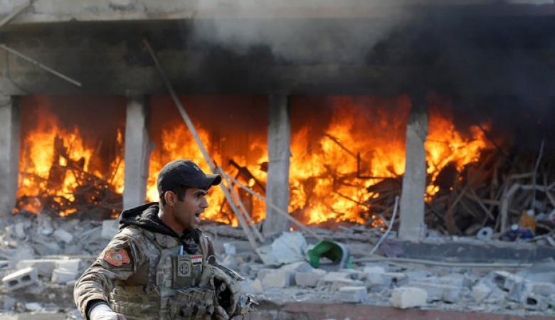 التحالف يدمر جسرا على دجلة لتقييد حركة داعش بالموصل