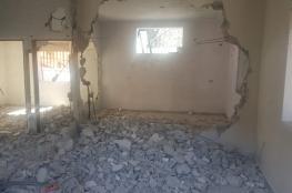 قوات الاحتلال تجبر مقدسياًَ على إزالة أنقاض منزله بعد ان اجبرته على هدمه