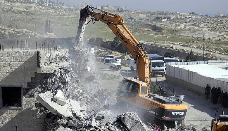 الاحتلال هدم 36 منزلا لمنفذي العمليات منذ تشرين الأول 2015