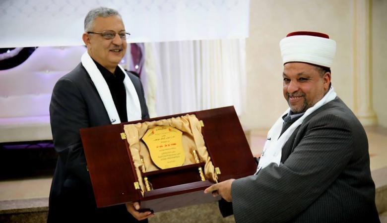 وزير الأوقاف ومحافظ طولكرم يخرجان طلبة تحفيظ القرآن
