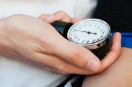 """لأول مرة..جهاز لقياس """"ضغط الدم"""" عن طريق الأذن"""