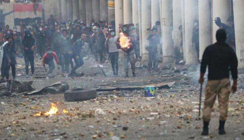 6 قتلى في مواجهات بين المتظاهرين والأمن في العراق