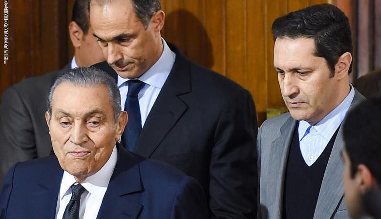 مصر تبرأ جمال وعلاء مبارك من الاتهامات الموجهة اليهما