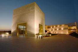رام الله : تمديد اغلاق متحف ياسرعرفات امام الجمهور