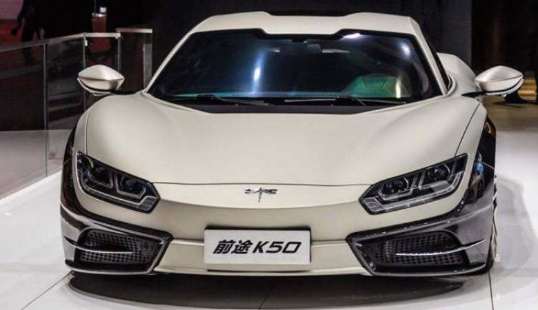الصين تنتج اول سيارة لها تعمل  بالكهرباء