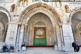 الاحتلال يطالب باغلاق احد أبواب المسجد الأقصى بشكل مطلق