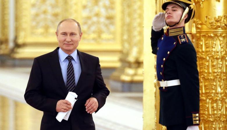 بوتين يفاجئ العالم بتسجيل أول لقاح ضد فيروس كورونا