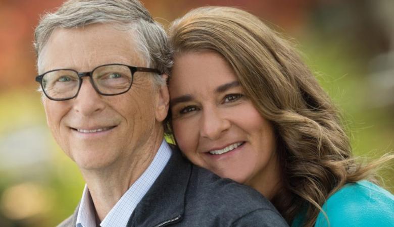 أغنى رجل في العالم يغسل الأطباق مع زوجته منذ  25 عاماً