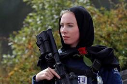 قصة الشرطية النيوزيلندية التي أثارت اعجاب العالم