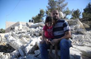 قوات الاحتلال تهدم منزل قيد الإنشاء يعود للمواطن علي محمـد علي العلامي، في بلدة بيت أمر شمال الخليل