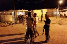 نابلس: تعزيزات عسكرية وإغلاق عدد من الحواجز وتحليق مكثف للطيران المروحي