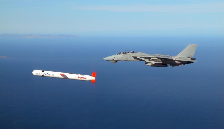 """أمريكا تهدد بضرب النظام السوري بصواريخ """"كروز"""" وروسيا تتوعدها"""