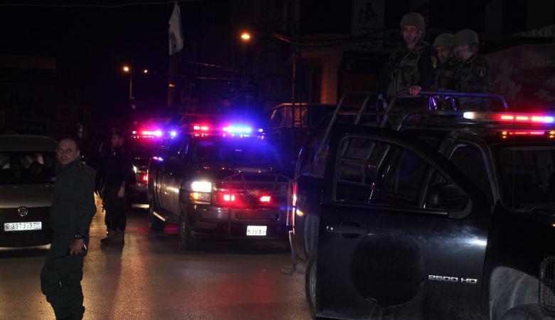 رام الله : القبض على 10 مواطنين وضبط 16 مركبات لعدم الالتزام بحالة الطوارئ