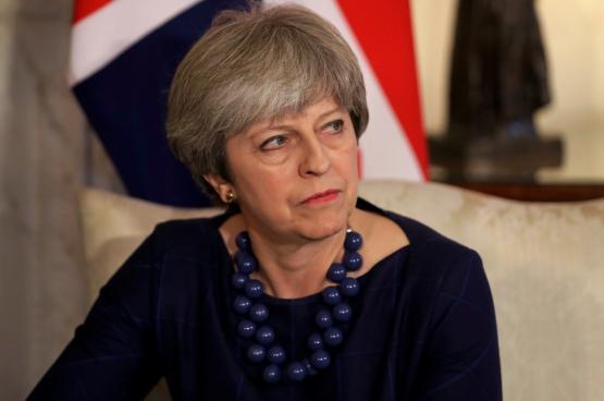 """فشل مذكرة حجب الثقة عن الحكومة البريطانية برئاسة """" تيريزا ماي """""""