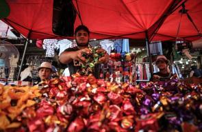 جانب من تحضيرات غزة لاستقبال عيد الفطر السعيد