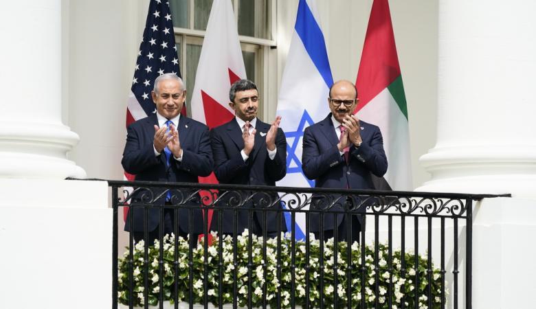 صحيفة عبرية: أوروبا أصبحت أكثر مناصرة لفلسطين من الامارات والبحرين
