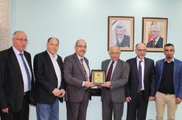المجلس الطبي الفلسطيني يستقبل الأمين العام للمجلس الطبي الأردني