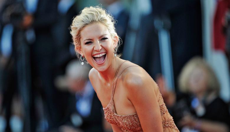 دراسة مثيرة : النساء العازبات اكثر سعادة من الرجال العازبين