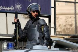 الشرطة المصرية تبطل مفعول قنبلتين وضعتا في شارع حيوي بالجيزة