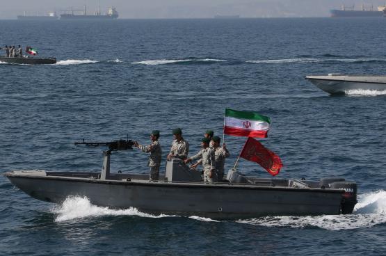شاهد ..اللحظات الاولى لسيطرة الحرس الثوري الايراني على ناقلة النفط البريطانية