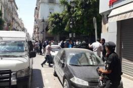 عشرات الإصابات في تفجيرين انتحاريين وسط العاصمة تونس