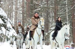 الزعيم الكوري الشمالي يظهر من جديد ممتطيا جواده الأبيض