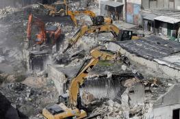 الاحتلال يهدم منشآت تجارية بالقرب من معبر الطيبة غرب طولكرم