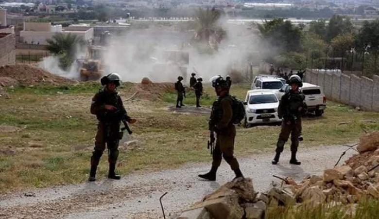 الاحتلال يهدم مسكنًا شمال طوباس