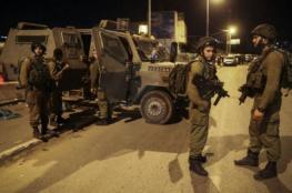 الاحتلال يعتقل مواطناً بزعم العثور على مسدس بسيارته قرب جنين
