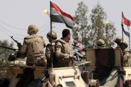 """الجيش المصري يقتل  """"7"""" مسلحين ويصيب آخرين جنوب العريش"""