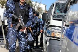شبان حاولوا فرض حظر التجول في نابلس
