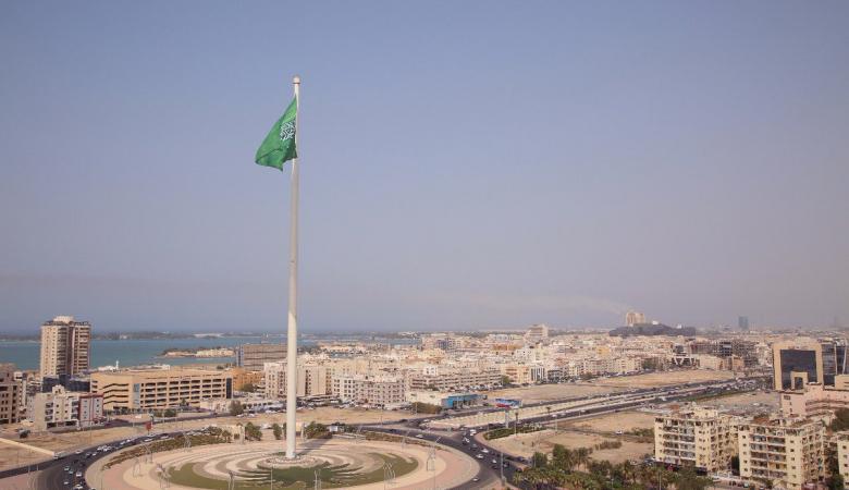 صحفي إسرائيلي يصور تقريرا من مدينة جدة السعودية.. فماذا جاء فيه؟