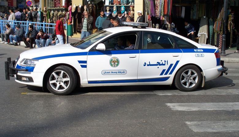 الأمن الأردني يضبط عاريا يجوب شوارع عمان