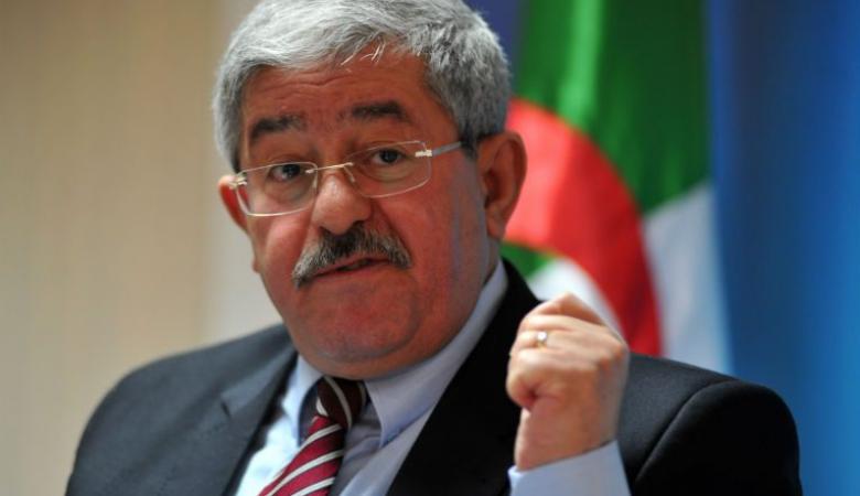 اعتقال رئيس الحكومة الجزائري السابق بتهم الفساد