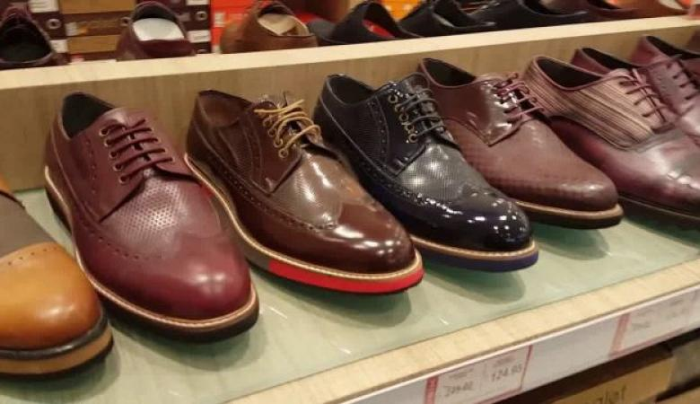 الاقتصاد تؤكد أهمية دعم قطاع صناعة الأحذية والجلود