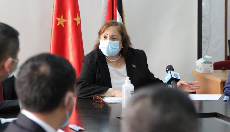 وزيرة الصحة : 27 بؤرة تفشي كورونا في الضفة الغربية
