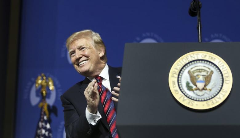 ترامب ينتصر..القضاء الأميركي يوافق على قانون الهجرة الجديد