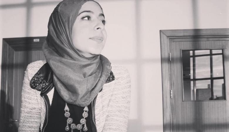 الاحتلال يعتقل شابة بعد مداهمة رام الله والبيرة