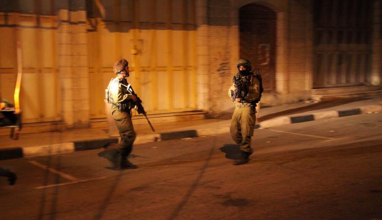 الاحتلال يعتقل 9 شبان من الضفة الغربية