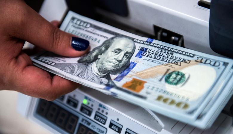 الدولار ينهار امام الشيقل في ادنى هبوط له منذ سنوات طويلة