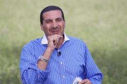 """عمرو خالد ...اول داعية يحج """"لايف"""" ويدعو لأعضاء صفحته بـ""""فيسبوك"""" (فيديو)"""
