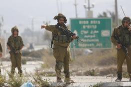 """جيش الاحتلال : قواتنا تواصل ملاحقة منفذي عملية """"عوفرا """""""