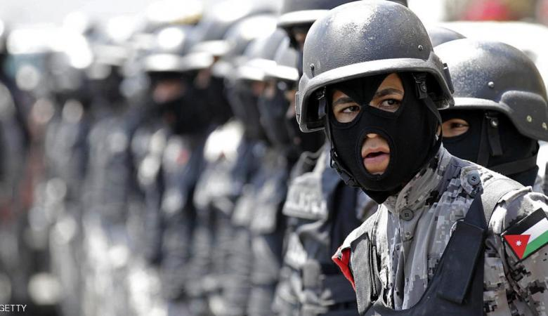 الاردن تحكم بالاشغال الشاقة 15 عاما على 3 ارهابين