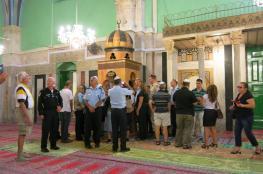 """أكثر من """" 96 """" اعتداءا على الحرم الابراهيمي والمسجد الأقصى خلال الشهر الماضي"""