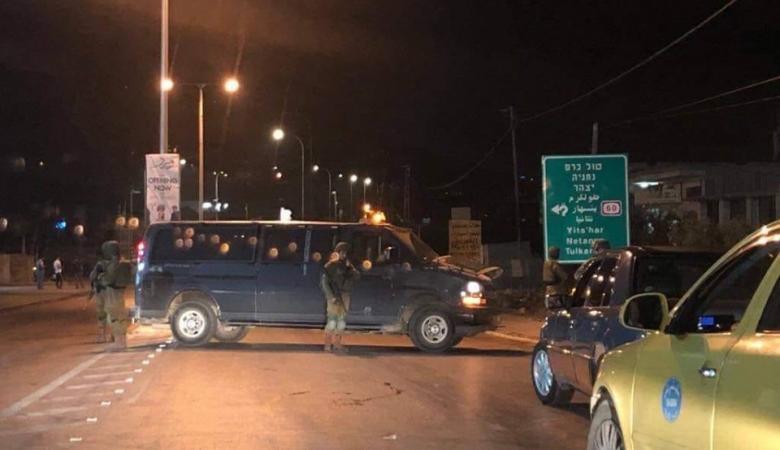 اغلاق للطرق في الضفة الغربية والمستوطنون يصعدون