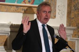 سفير بريطانيا يدفع ثمن هجومه على ترامب غالياً