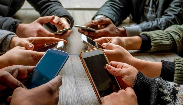 الشؤون الدينية التركية تدعو لترك الانترنت في رمضان للتفرغ للأهل والأصدقاء