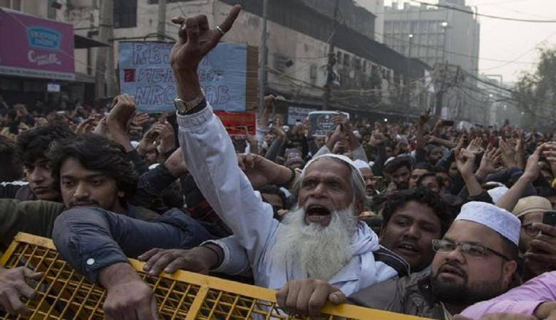 مسلمو الهند ينتفضون ضد الإساءة للنبي محمد